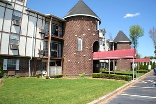 Managed Apartment Complex For Rent